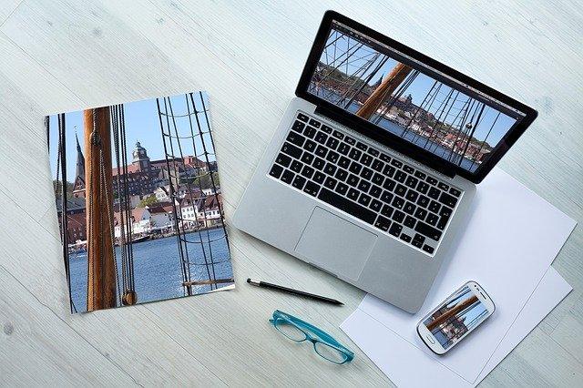trabajando en una web Jonathan colina diseñador web en caracas venezuela consultor seo 2020 Diseño de paginas web en Venezuela 🚀 - Jonathan Colina
